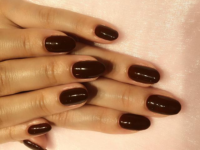 濃いブラウンのワンカラーは最近オーダー多いです♪ チョコのイメージで、バレンタインにぴったり☆