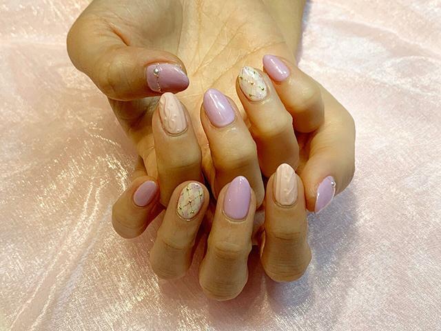 ピンクとパープルのアーガイル柄にニットネイル*冬ネイルだけど、春を感じさせるカラーですね♪