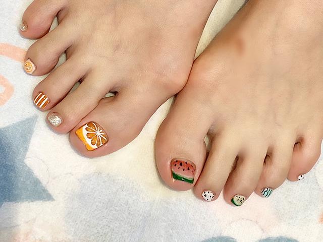 オレンジにスイカ☆フルーツをお爪に乗っけて、美味しそうな夏♪